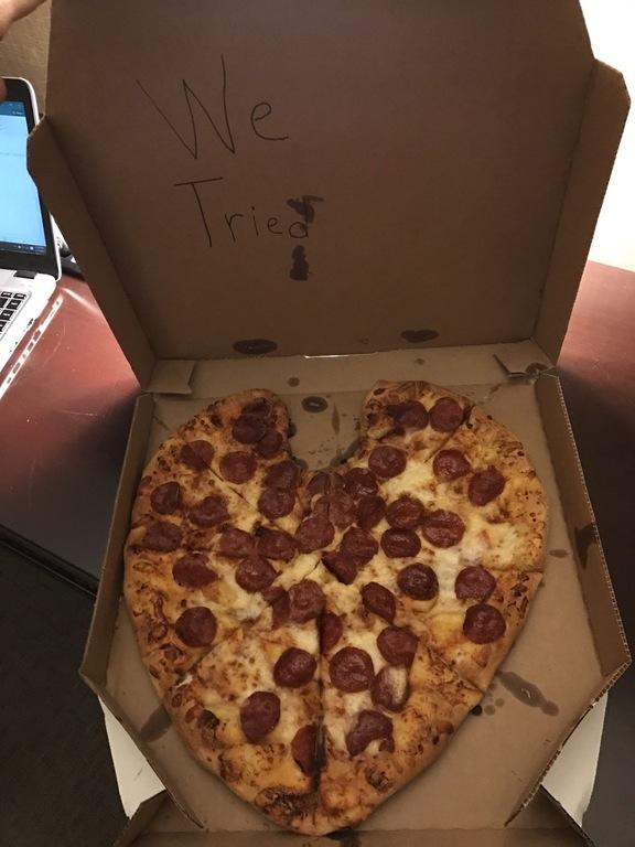 heart-shaped-pizza.jpg