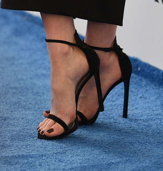 SANTA MONICA, CA - FEBRUARY 25:  Actress Kate Beckinsale, shoe detail, attends the 2017 Film Independent Spirit Awards at the Santa Monica Pier on February 25, 2017 in Santa Monica, California.  (Photo by C Flanigan/FilmMagic)