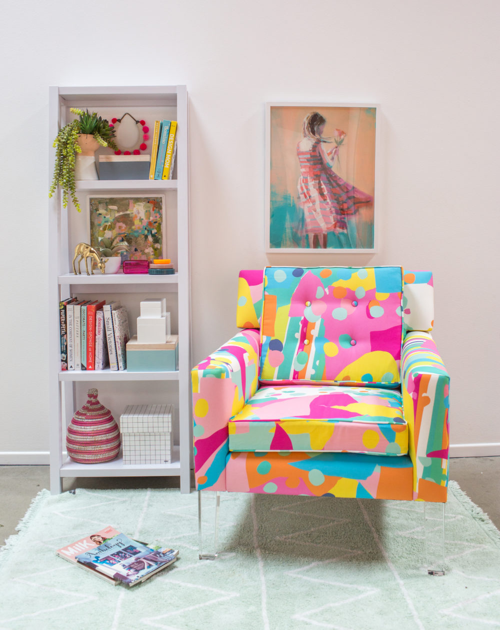reading-nook-pink-chair-2-C-e1488484367326.jpg