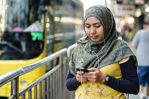 city woman in hijab