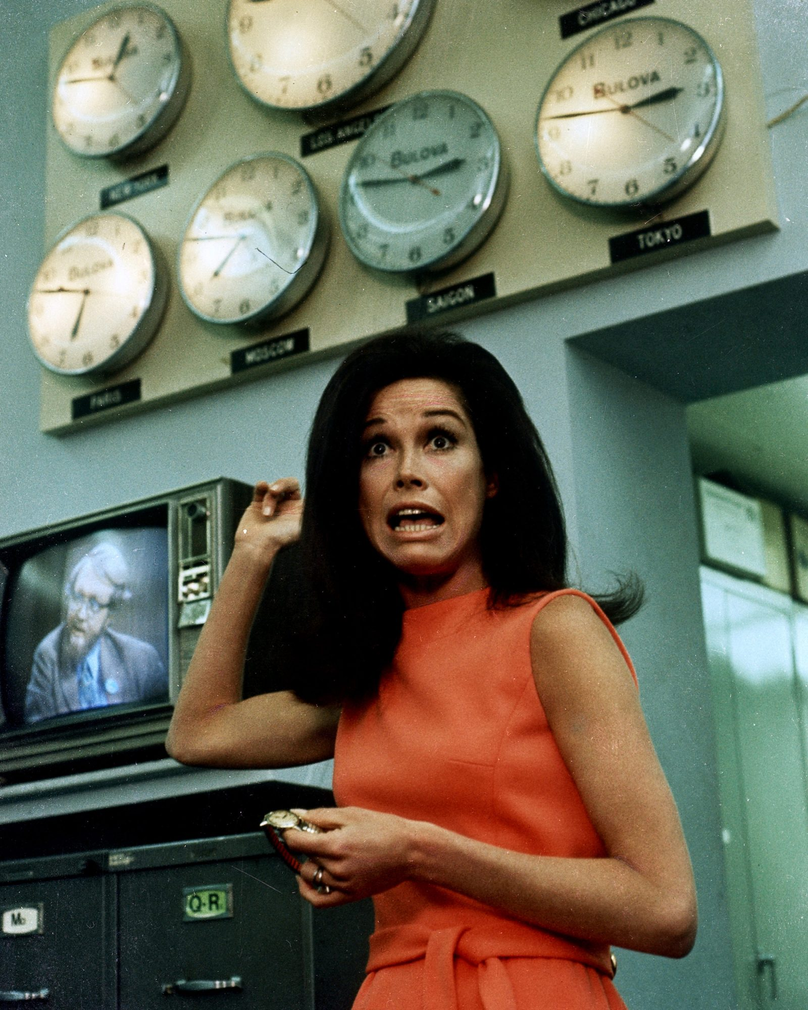 Mary Tyler Moore, Out Of Time