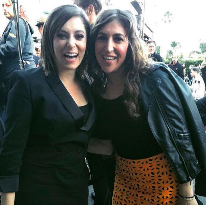Rachel Bloom and Mayim Bialik