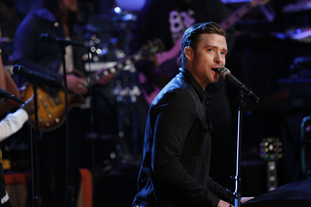 justin timberlake performs on Late Night with Jimmy Fallon