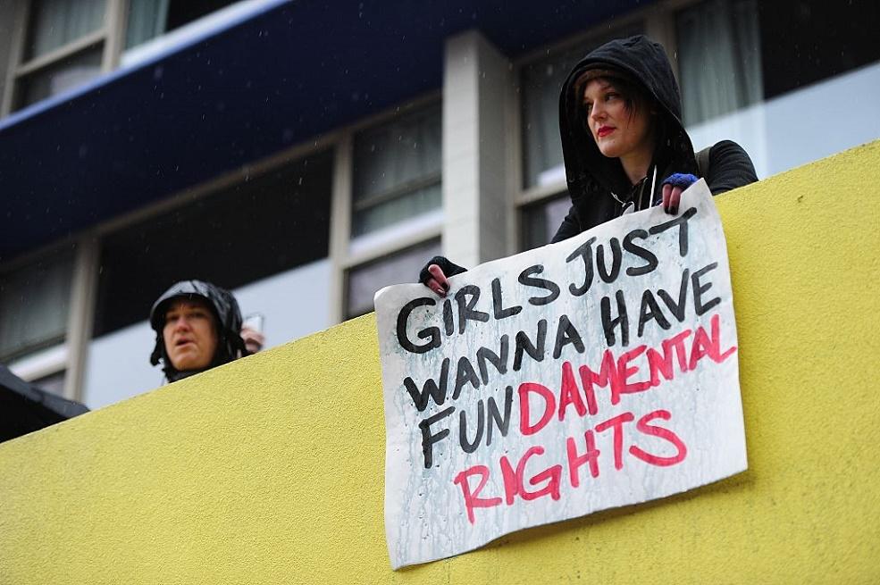 womens-march-art-supplies