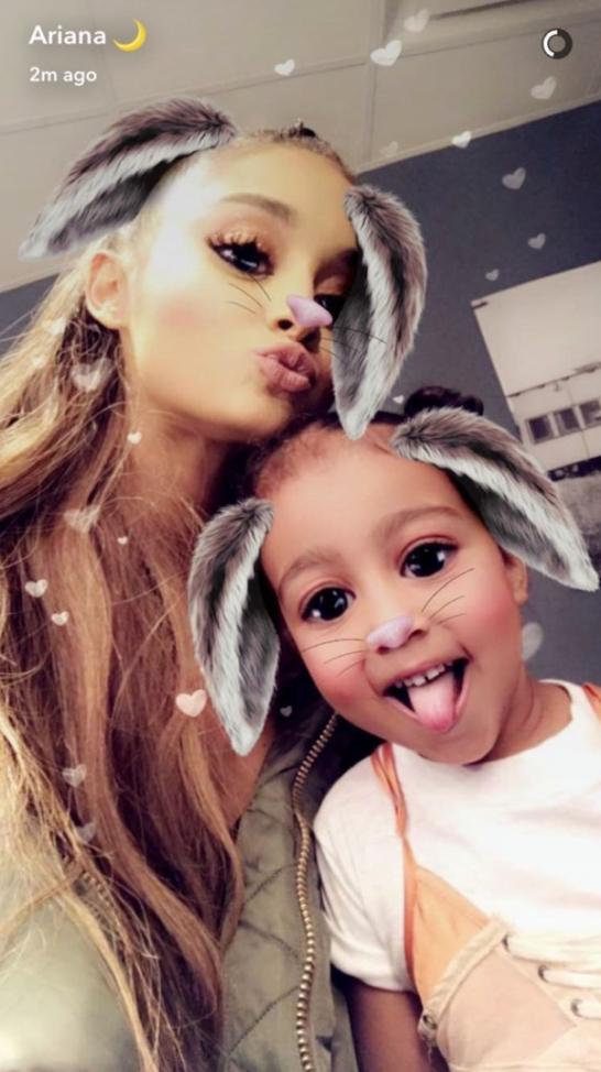 ArianaGrandeSnapchat-e1491065128833.png