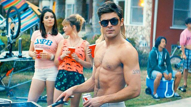 640_neighbors_zac_efron_shirtless.jpg