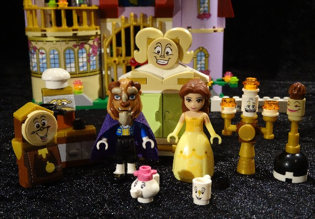 Beauty-and-the-Beast-Lego-Lumiere-character