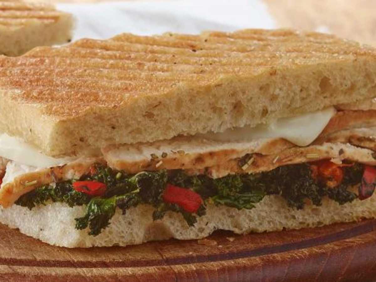 1606w-panera-roasted-turkey-caramelized-kale-panini.jpeg