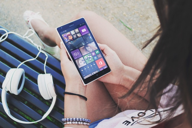 phones wrecking relationships