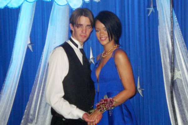 rihanna-prom-2007.jpg