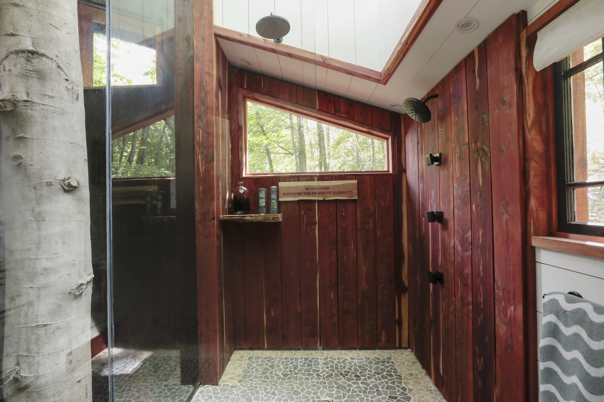 Treehouse-Shower.jpg