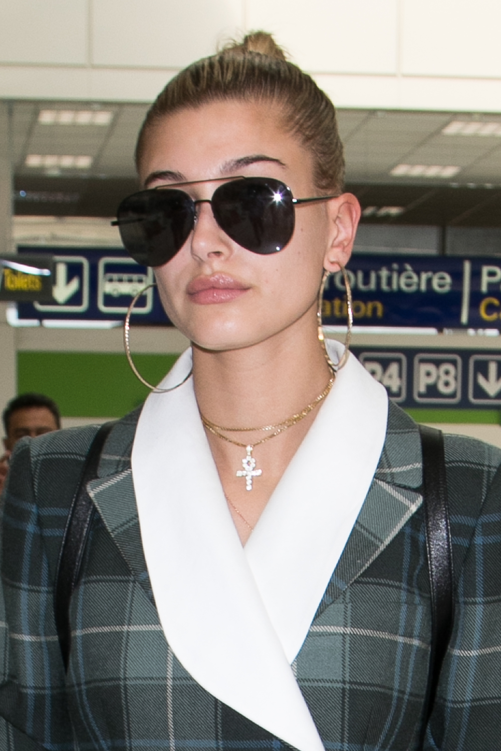 CANNES, FRANCE - MAY 17:  Hailey Baldwin arrives at Nice airport during the 70th annual Cannes Film Festival on May 17, 2017 in Cannes, France.  (Photo by Marc Piasecki/GC Images)