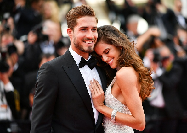 Brazilian model Izabel Goulart and German goalkeeper Kevin Trapp arrive on May 22, 2017 for the screening of the film 'The Killing of a Sacred Deer' at the 70th edition of the Cannes Film Festival in Cannes, southern France.