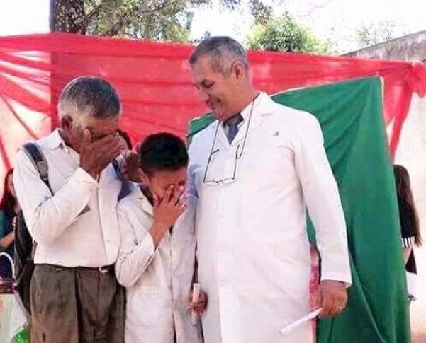 Efrain Delgado and his grandpa crying