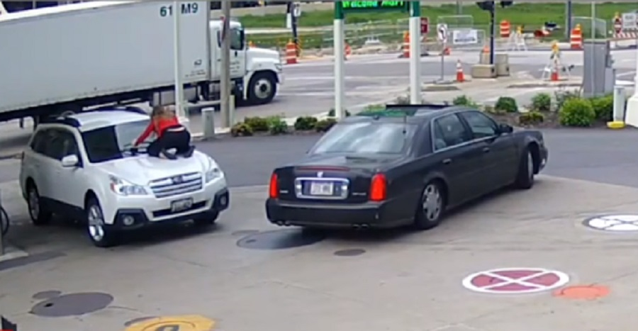 milwaukee woman stops carjackers