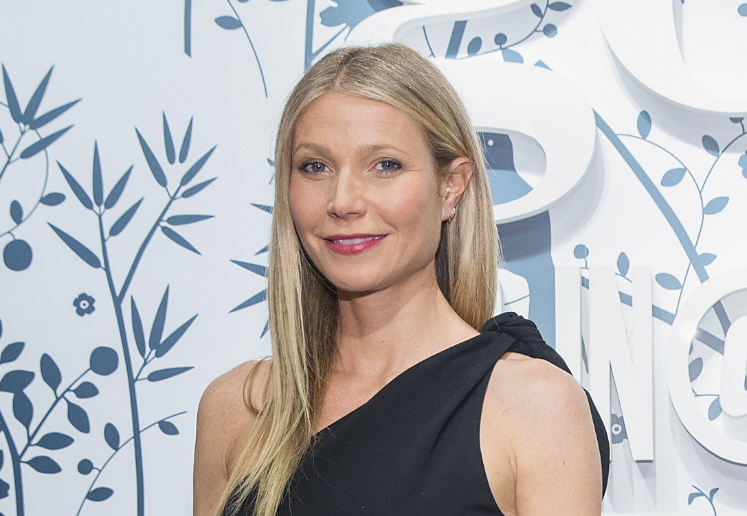 Gwyneth Paltrow says co-parenting with Chris Martin is difficult.