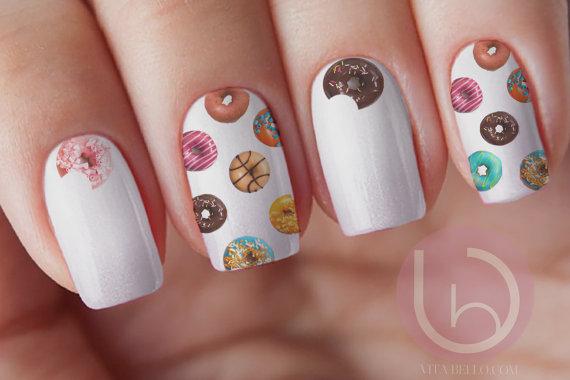 donutnailart.jpg