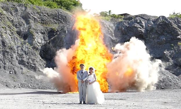explosion-wedding-2.jpg
