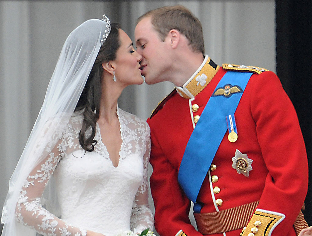 Kate Middleton and Prince William kiss at their wedding