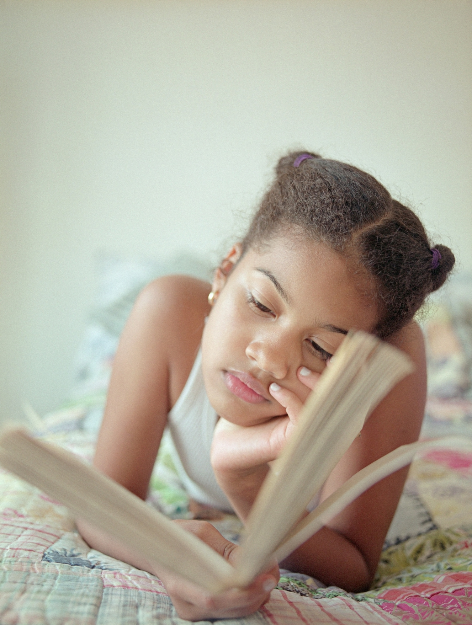 younggirlreading.jpg
