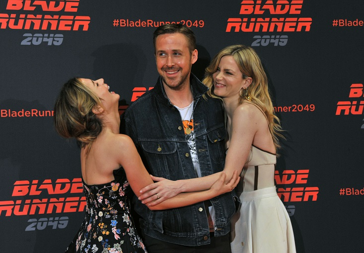 "Ryan Gosling, Ana de Armas, and Sylvia Hoeks attend the ""Blade Runner 2049"" photocall in Barcelona, Spain, on June 19"