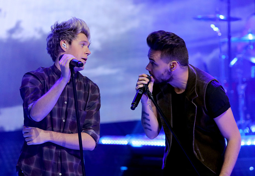 Niall Horan and Liam Payne of One Direction perform onstage at Dick Clark's New Year's Rockin' Eve with Ryan Seacrest 2016 on December 31, 2015 in Los Angeles, CA.