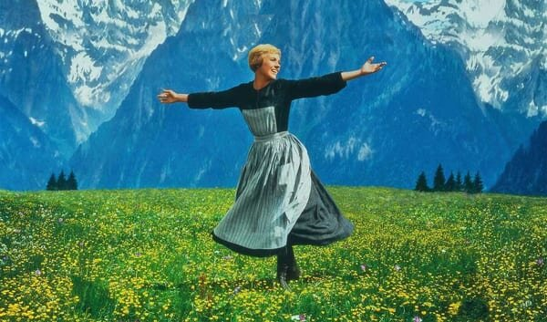 """Julie Andrews explains how they filmed that famous meadow scene in """"The  Sound of Music""""   HelloGiggles"""
