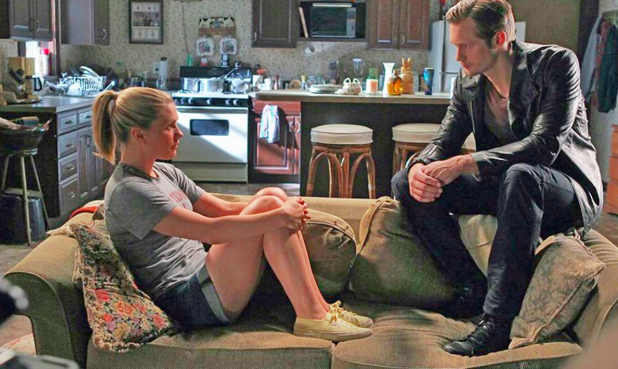 Still from True Blood with human Sookie and vampire Eric.