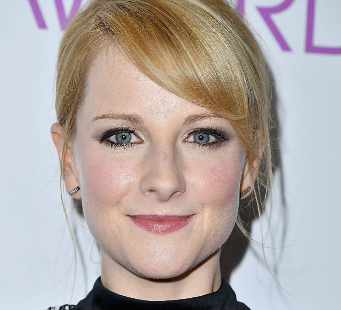 Actress Melissa Rauch poses in the press room during the People's Choice Awards