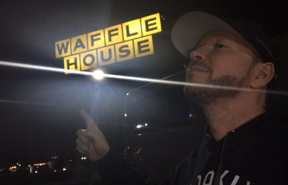 Donnie Wahlberg at Waffle House