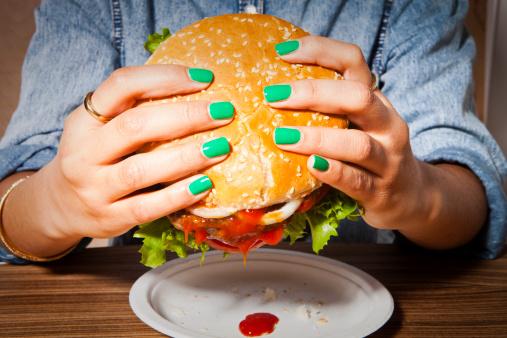 burgers-naisl