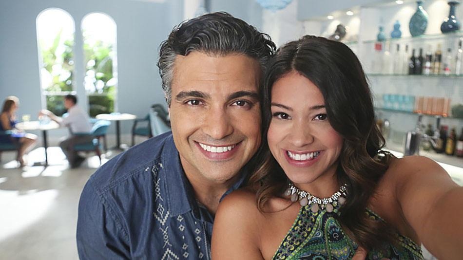 "Gina Rodriguez and Jaime Camil on ""Jane the Virgin"""