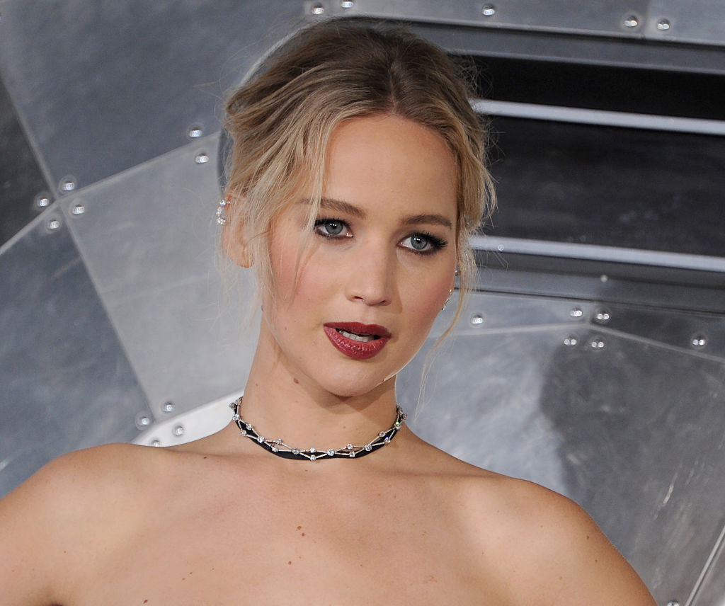 """WESTWOOD, CA - DECEMBER 14: Actress Jennifer Lawrence arrives at the premiere of Columbia Pictures' """"Passengers"""" at Regency Village Theatre on December 14, 2016 in Westwood, California. (Photo by Gregg DeGuire/WireImage)"""