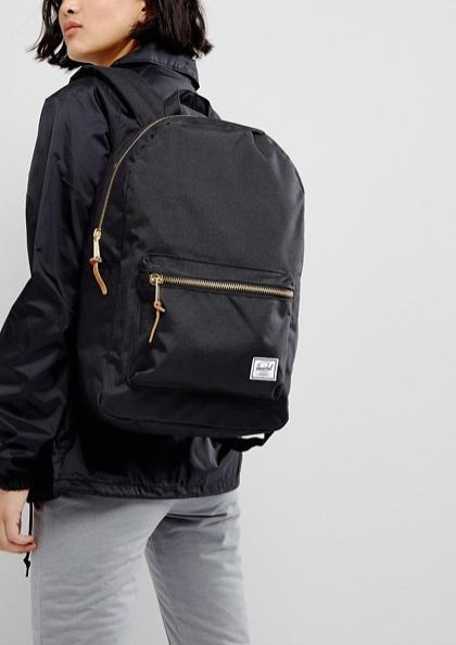 school-supplies-black-back-pack.png