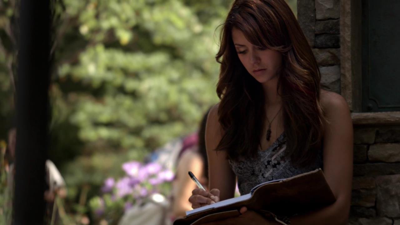 elena-vampire-diaries-writing-diary