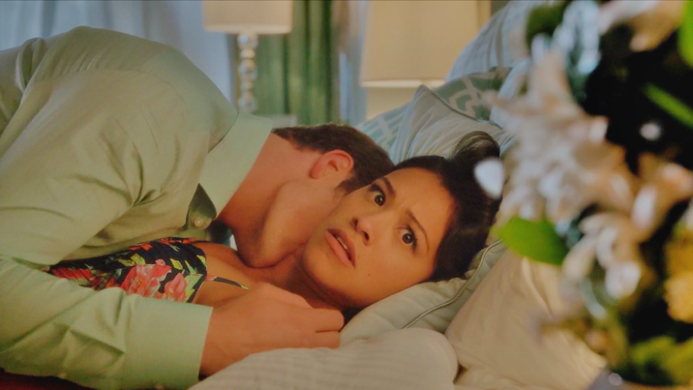 Jane the Virgin flower and sex scene