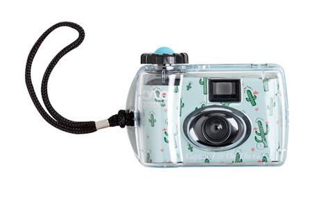 tech-roundup-underwater-camera.png
