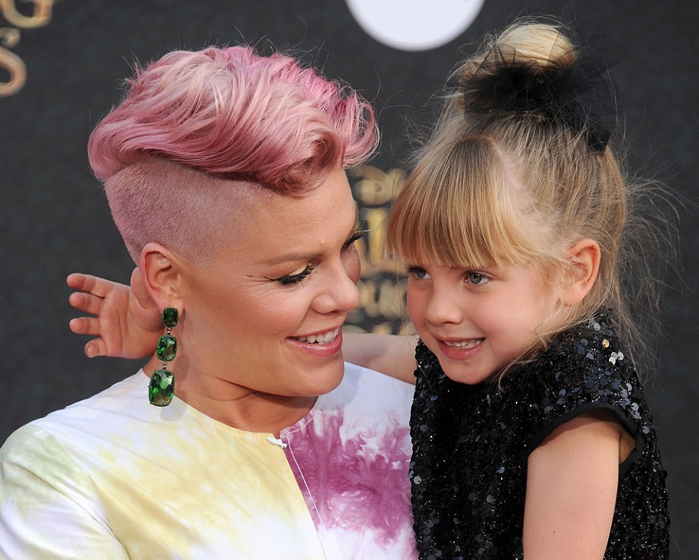 pink-with-daughter-willow