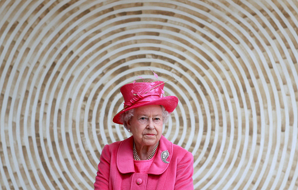 LLANDUDNO, WALES - APRIL 27: HM Queen Elizabeth II leaves the Venue Cymru Arena after a visit on April 27, 2010 in Llandudno, Wales. The Queen and Duke of Edinburgh are on a two day visit to North Wales. (Photo by Chris Jackson - WPA Pool/Getty Images)