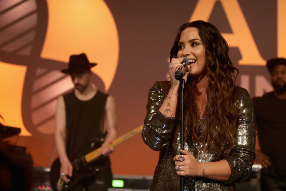 Picture of Demi Lovato Singing