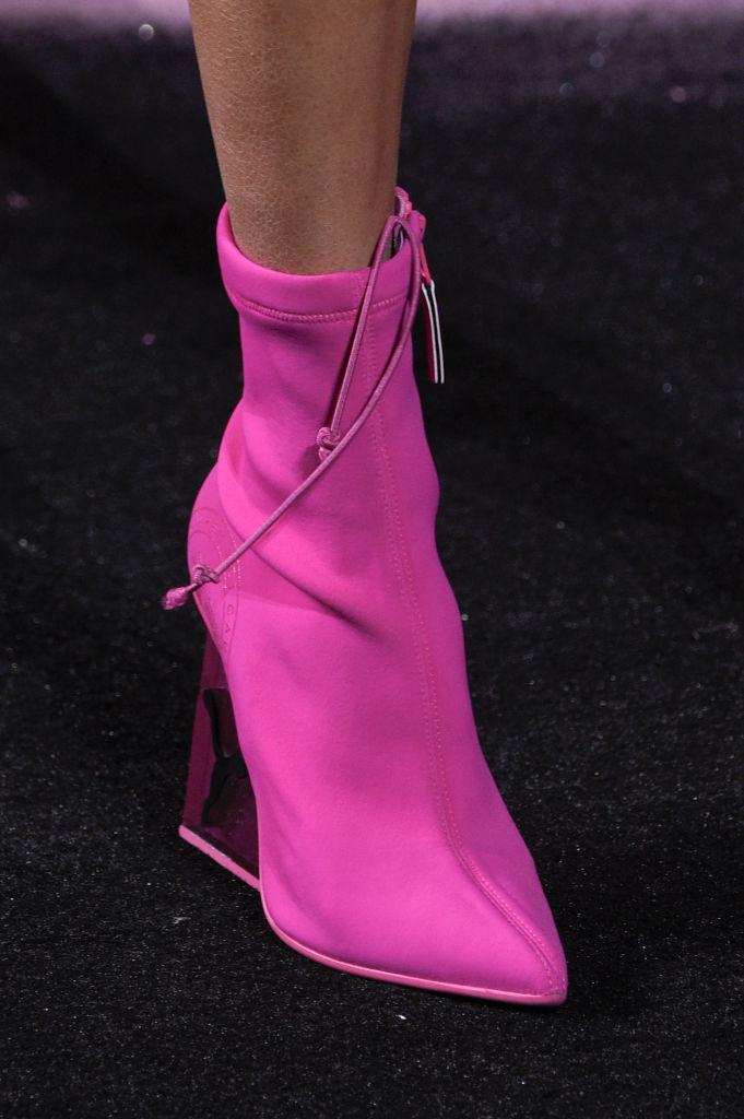fenty-puma-shoe.jpg