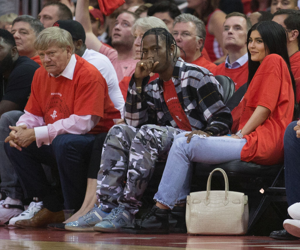 HOUSTON, TX - APRIL 25: Travis Scott and Kylie Jenner courtside during Game Five of the Western Conference Quarterfinals game of the 2017 NBA Playoffs at Toyota Center on April 25, 2017 in Houston, Texas. NOTE TO USER: User expressly acknowledges and agrees that, by downloading and/or using this photograph, user is consenting to the terms and conditions of the Getty Images License Agreement. (Photo by Bob Levey/Getty Images)