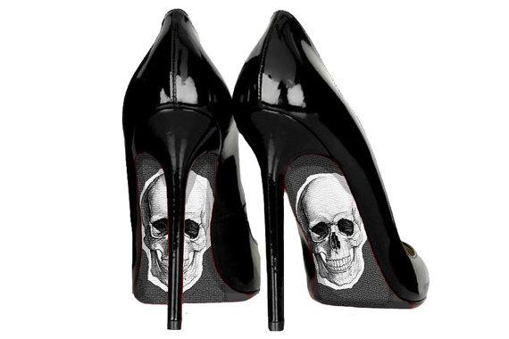 skull-shoes.jpg