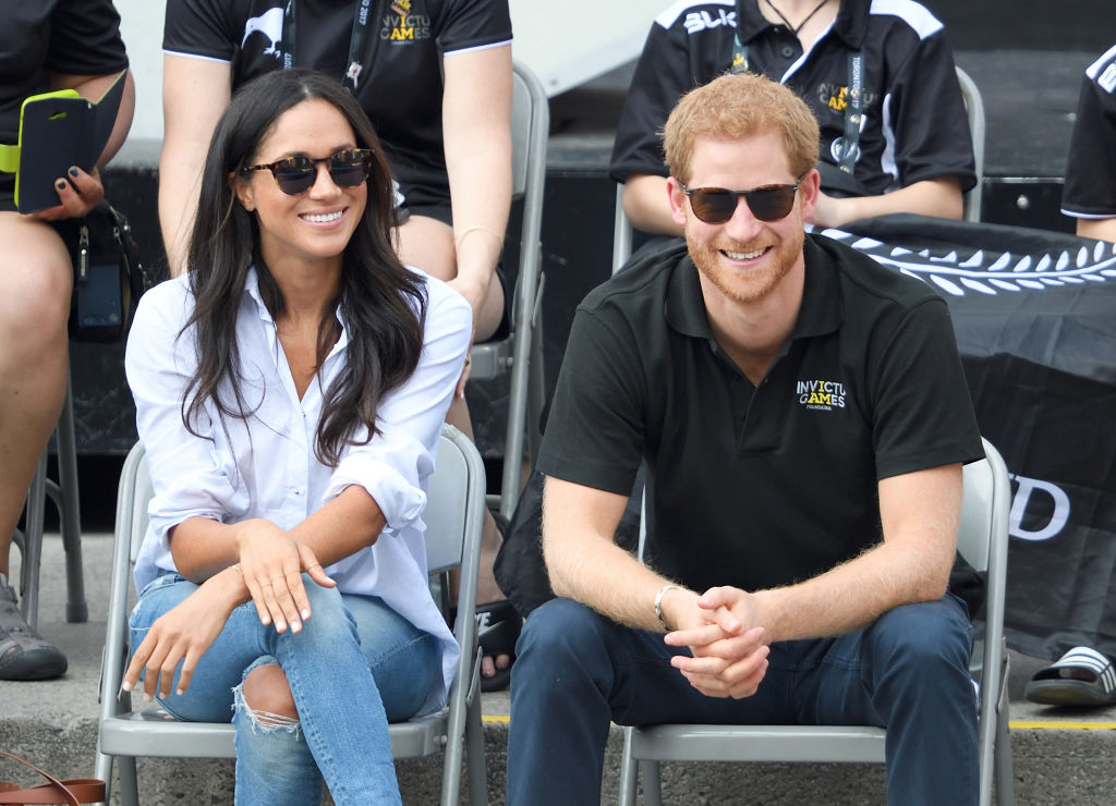 Meghan Markle and Prince Harry attend the Wheelchair Tennis on day 3 of the Invictus Games Toronto 2017 at Nathan Philips Square on September 25, 2017 in Toronto, Canada.