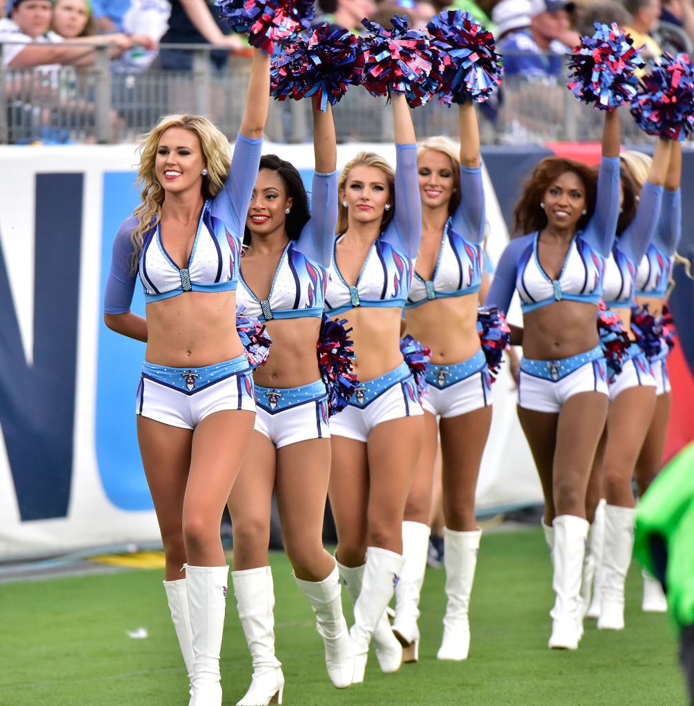 cheerleaders-nfl.jpg