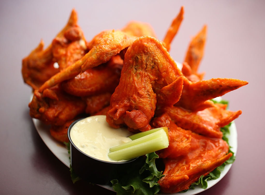 A plate of buffalo chicken wings