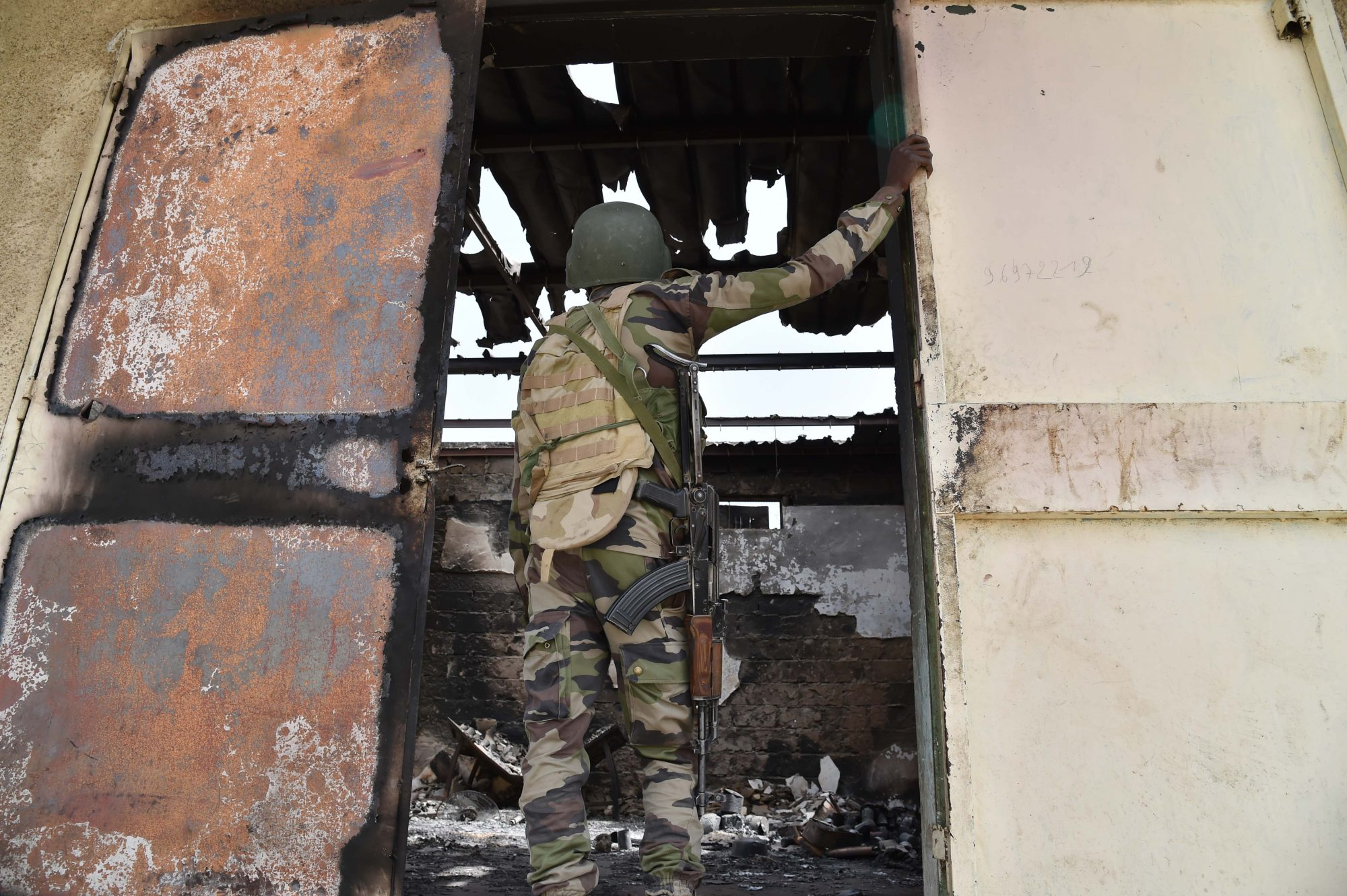 Image of a Nigerien soldier after a Boko Haram attack