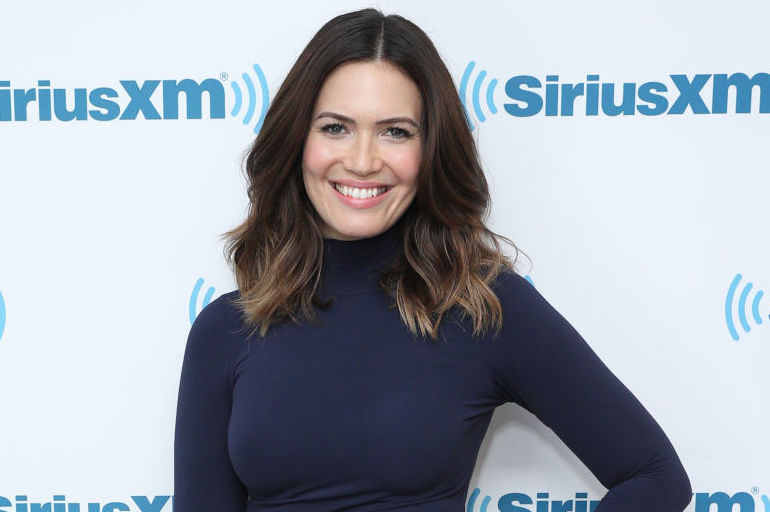 Picture of Mandy Moore Striped Skirt