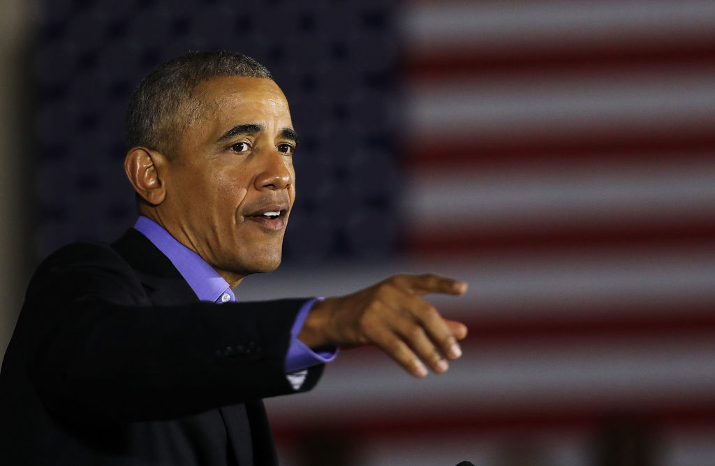 Picture of Obama Pointing