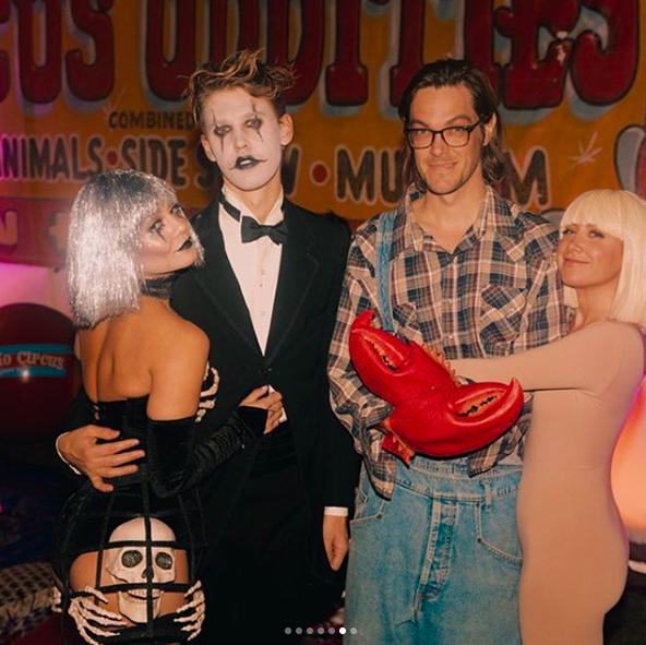 hudgens-tisdale-halloween.png